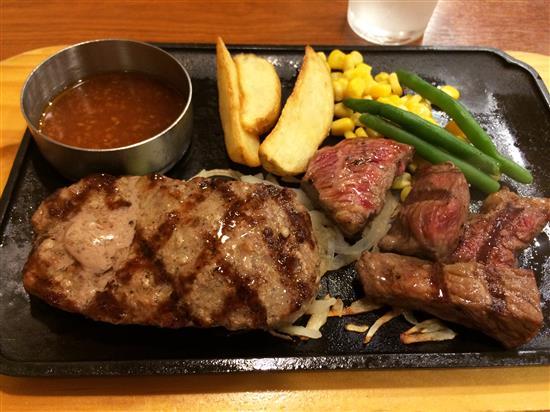 dinner_020a.jpg