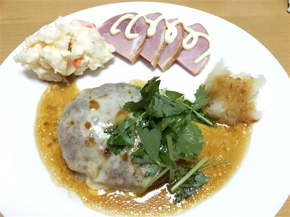 dinner_5154a.jpg