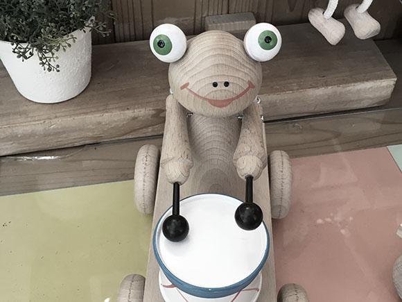 frog_6243c.jpg