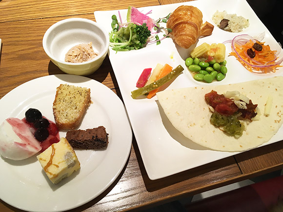 lunch_2611b.jpg
