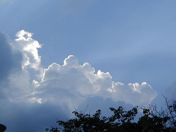2002-sky in summer_P8160049a.jpg