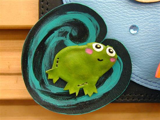 Frog-P_P1010049f.jpg