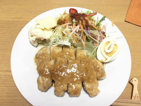 dinner_5883c.jpg