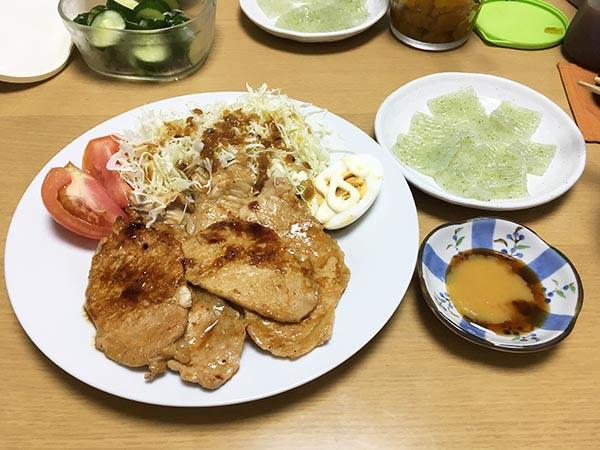 dinner_5894a.jpg