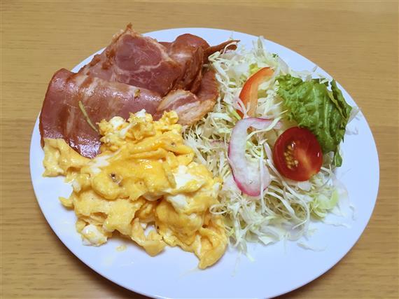 dinner_8011a.jpg